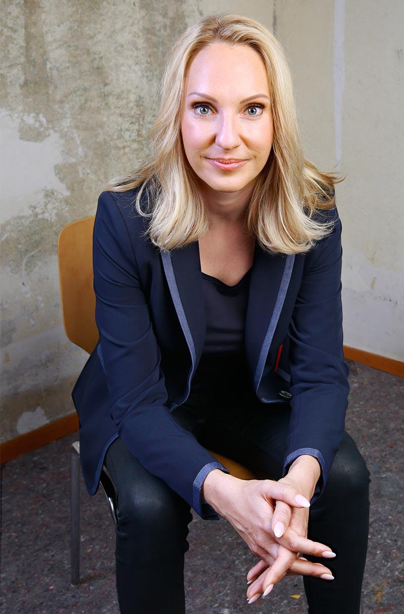 Melanie Schölzel - Heilpraktikerin für Psychotherapie  Kurzzeittherapie und Coaching